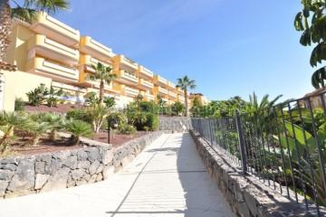 2 Bed  Flat / Apartment for Sale, Playa De La Arena, Santiago Del Teide, Tenerife - AZ-1524