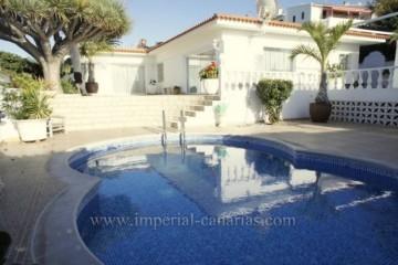 3 Bed  Villa/House for Sale, Puerto de la Cruz, Tenerife - IC-VCH9459