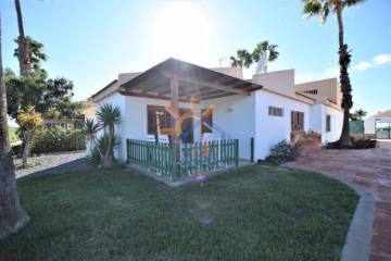 3 Bed  Villa/House to Rent, SAN BARTOLOME DE TIRAJANA, Las Palmas, Gran Canaria - MA-C-621