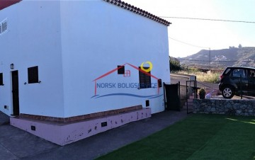 2 Bed  Villa/House for Sale, Santa Brigida, Gran Canaria - NB-2650