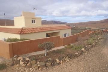4 Bed  Villa/House for Sale, Pájara, Las Palmas, Fuerteventura - DH-XVPTCTPATOTO04-0121