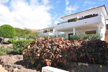 1 Bed  Flat / Apartment for Sale, Amarilla Golf, Tenerife - AZ-1528