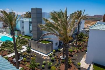 2 Bed  Flat / Apartment to Rent, Corralejo, Las Palmas, Fuerteventura - DH-AP2LUXMAPBSB4-220