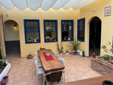 2 Bed  Villa/House for Sale, Los Silos, Tenerife - IC-VCH10855