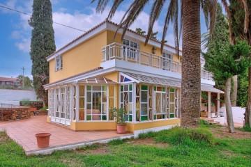 4 Bed  Villa/House for Sale, Bungalows Tajuya, Los Llanos, La Palma - LP-L586