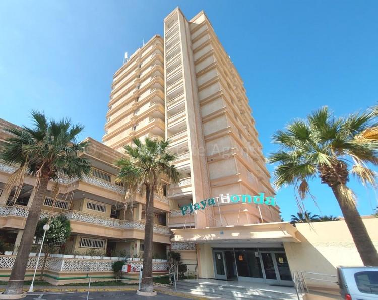 1 Bed  Flat / Apartment for Sale, Playa De Las Americas, Arona, Tenerife - AZ-1537 1