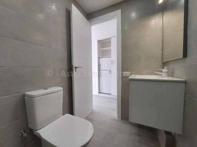 1 Bed  Flat / Apartment for Sale, Playa De Las Americas, Arona, Tenerife - AZ-1537 14
