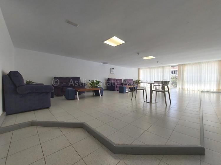 1 Bed  Flat / Apartment for Sale, Playa De Las Americas, Arona, Tenerife - AZ-1537 16
