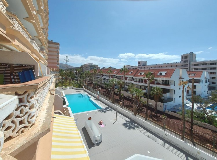 1 Bed  Flat / Apartment for Sale, Playa De Las Americas, Arona, Tenerife - AZ-1537 19