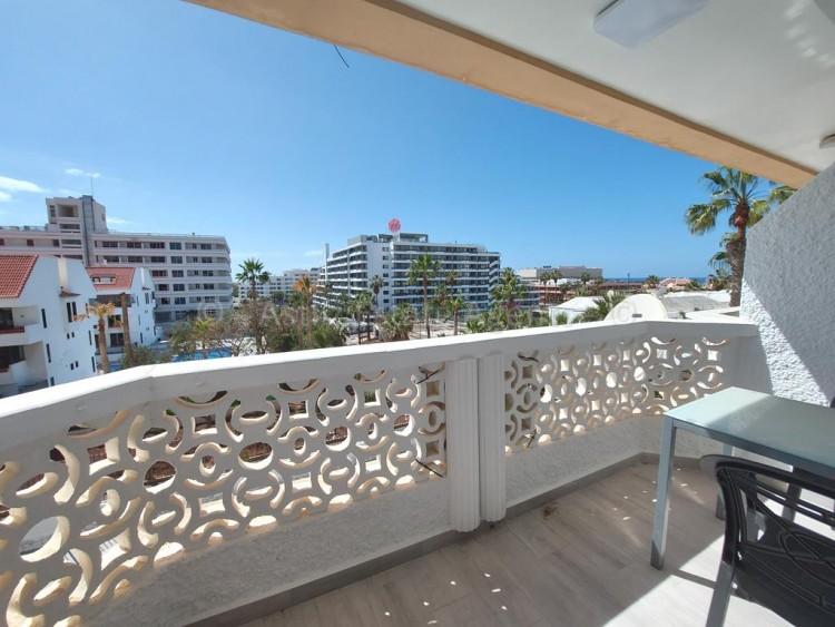1 Bed  Flat / Apartment for Sale, Playa De Las Americas, Arona, Tenerife - AZ-1537 8
