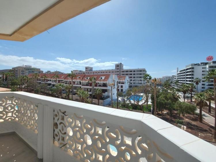 1 Bed  Flat / Apartment for Sale, Playa De Las Americas, Arona, Tenerife - AZ-1537 9