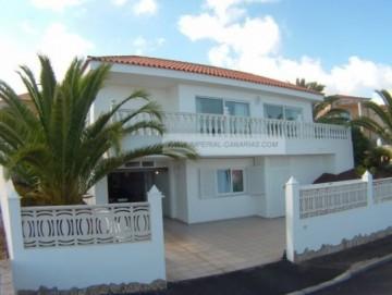 3 Bed  Villa/House for Sale, La Orotava, Tenerife - IC-52039