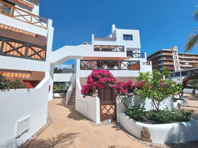 3 Bed  Flat / Apartment for Sale, Puerto De Santiago, Santiago Del Teide, Tenerife - AZ-1539 1
