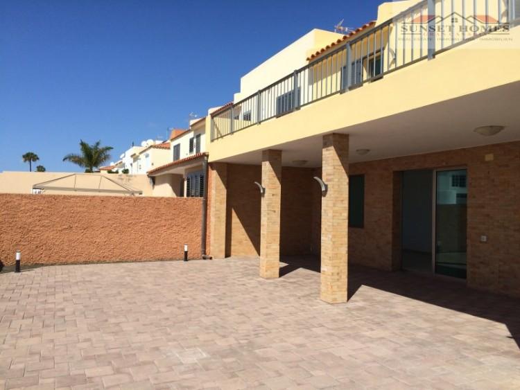 3 Bed  Villa/House to Rent, Sonnenland, San Bartolomé de Tirajana, Gran Canaria - SH-2567 17