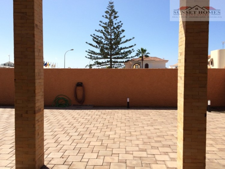 3 Bed  Villa/House to Rent, Sonnenland, San Bartolomé de Tirajana, Gran Canaria - SH-2567 18