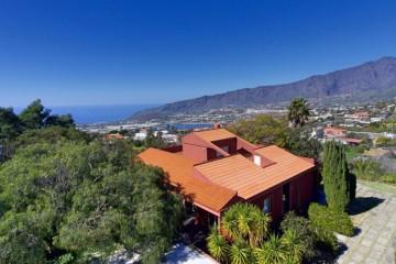5 Bed  Villa/House for Sale, Tendiña, El Paso, La Palma - LP-E677