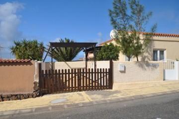 3 Bed  Villa/House for Sale, Costa Calma, Las Palmas, Fuerteventura - DH-XVPTVILPA3-0321