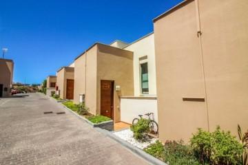 4 Bed  Villa/House for Sale, Mogan, LAS PALMAS, Gran Canaria - CI-05190-CA-2934