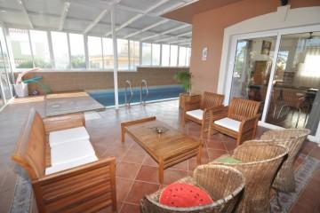 4 Bed  Villa/House for Sale, Costa del Silencio, Tenerife - NP-03170