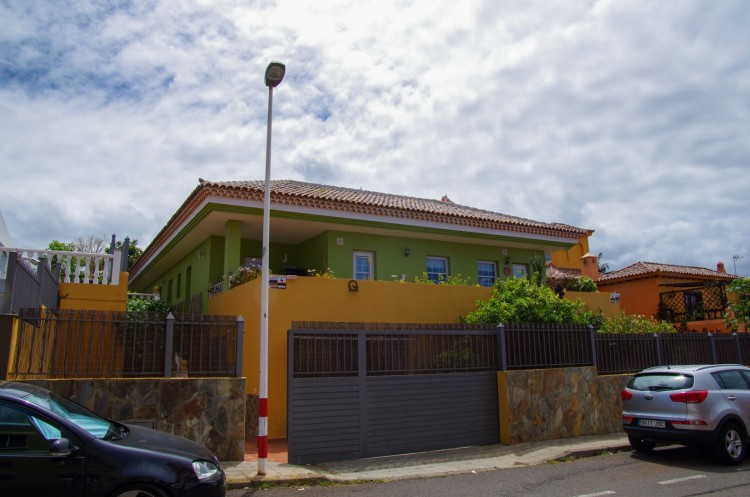 5 Bed  Villa/House for Sale, Tacoronte, Santa Cruz de Tenerife, Tenerife - PR-CHA0091VKH 2