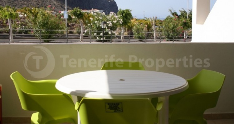 1 Bed  Flat / Apartment for Sale, Los Cristianos, Tenerife - TP-21070 10