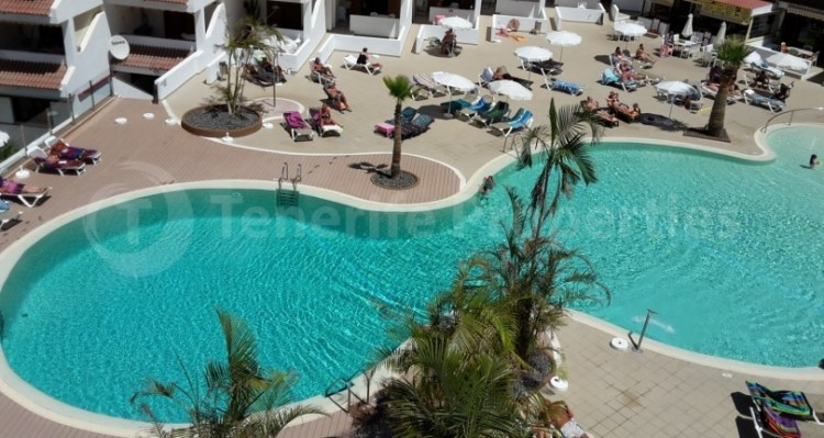 1 Bed  Flat / Apartment for Sale, Los Cristianos, Tenerife - TP-21070 5