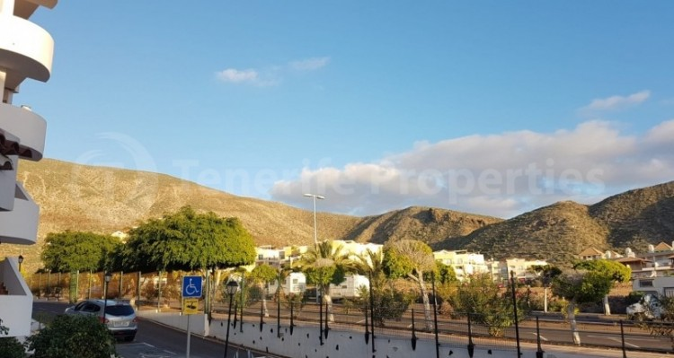 1 Bed  Flat / Apartment for Sale, Los Cristianos, Tenerife - TP-21070 6