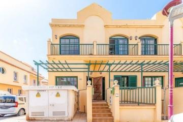 3 Bed  Villa/House for Sale, Puerto del Rosario, Las Palmas, Fuerteventura - DH-VSLPUERTOBET33-0421