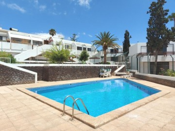 3 Bed  Villa/House for Sale, Playa De Las Americas, Costa Adeje, Tenerife - AZ-1547
