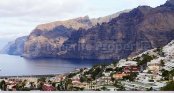 2 Bed  Flat / Apartment for Sale, Los Gigantes, Tenerife - TP-21270