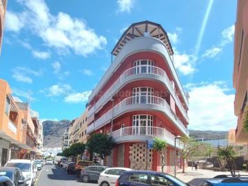 3 Bed  Flat / Apartment for Sale, Puerto De Santiago, Santiago Del Teide, Tenerife - AZ-1548