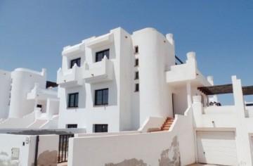 3 Bed  Villa/House for Sale, Corralejo, Las Palmas, Fuerteventura - DH-VALICHAROYAL3-0421