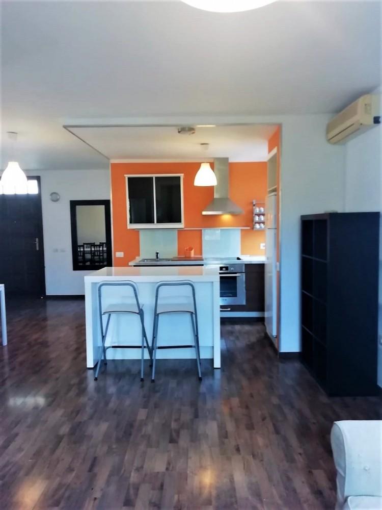 1 Bed  Flat / Apartment to Rent, Las Galletas, Arona, Tenerife - VC-6152 2