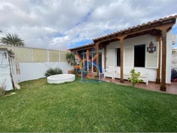 2 Bed  Villa/House for Sale, SAN BARTOLOME DE TIRAJANA, Las Palmas, Gran Canaria - MA-C-655