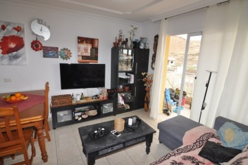 2 Bed  Flat / Apartment for Sale, Buzanada, Tenerife - NP-03184