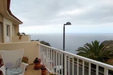 2 Bed  Flat / Apartment for Sale, Santa Ursula, Tenerife - IC-VPI10922