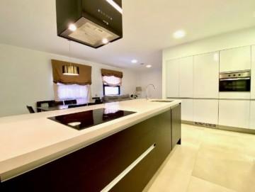 2 Bed  Flat / Apartment to Rent, Santa Cruz de Tenerife, Tenerife - PR-PIS0140AED