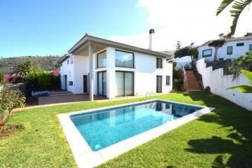4 Bed  Villa/House for Sale, El Sauzal, Santa Cruz de Tenerife, Tenerife - PR-CHA0110VPC