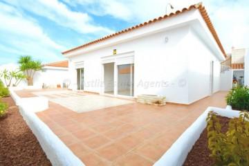3 Bed  Villa/House for Sale, Callao Salvaje, Adeje, Tenerife - AZ-1553