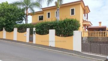 4 Bed  Villa/House for Sale, La Orotava, Tenerife - IC-VCH10929