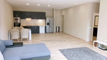 2 Bed  Flat / Apartment for Sale, Puerto de la Cruz, Tenerife - IC-VPI10931