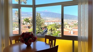 Flat / Apartment for Sale, Puerto de la Cruz, Tenerife - IC-VES10933