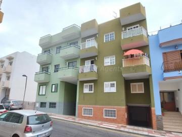 2 Bed  Flat / Apartment for Sale, Playa San Juan, Guia De Isora, Tenerife - AZ-1554