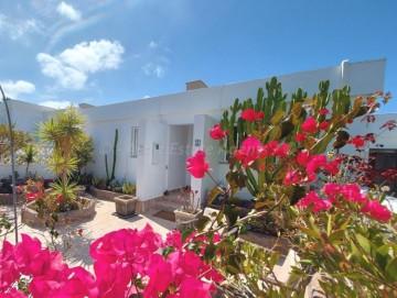3 Bed  Villa/House for Sale, Callao Salvaje, Costa Adeje, Tenerife - AZ-1555