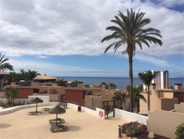 2 Bed  Flat / Apartment for Sale, Playa Paraiso, Tenerife - NP-03206