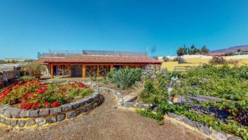 2 Bed  Country House/Finca for Sale, Ingenio, LAS PALMAS, Gran Canaria - CI-05243-CA-2934