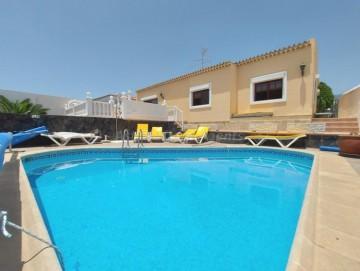 6 Bed  Villa/House for Sale, Callao Salvaje, Costa Adeje, Tenerife - AZ-1562