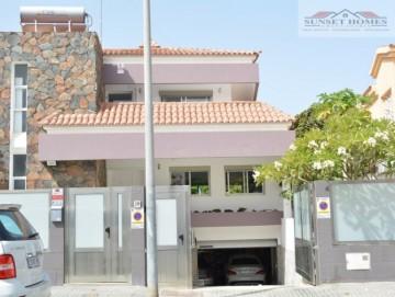 6 Bed  Villa/House for Sale, San Fernando, San Bartolomé de Tirajana, Gran Canaria - SH-VIL_1594