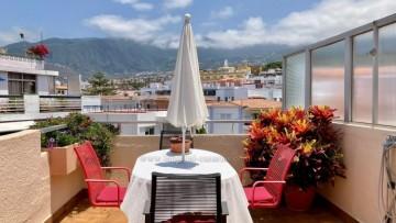 2 Bed  Flat / Apartment for Sale, Puerto de la Cruz, Tenerife - IC-VAT10955