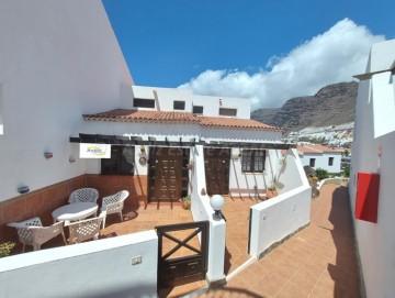 1 Bed  Flat / Apartment for Sale, Puerto De Santiago, Santiago Del Teide, Tenerife - AZ-1577